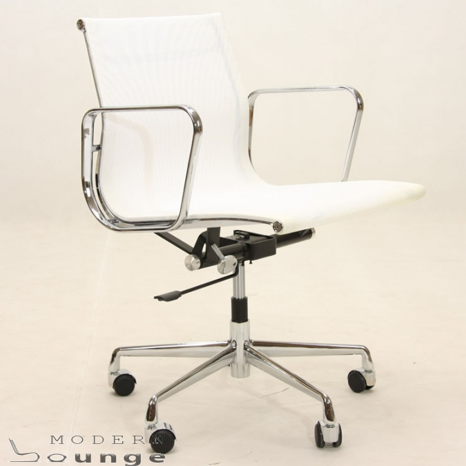 Eames EA117 Office Chair Low Back Modernlounge